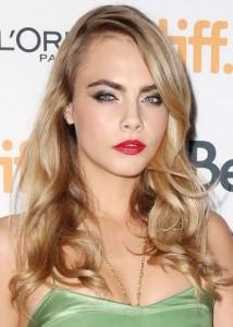 Cara-Delevingne--The-Face-Of-An-Angel-TIFF-2014-Premiere--09-300x420