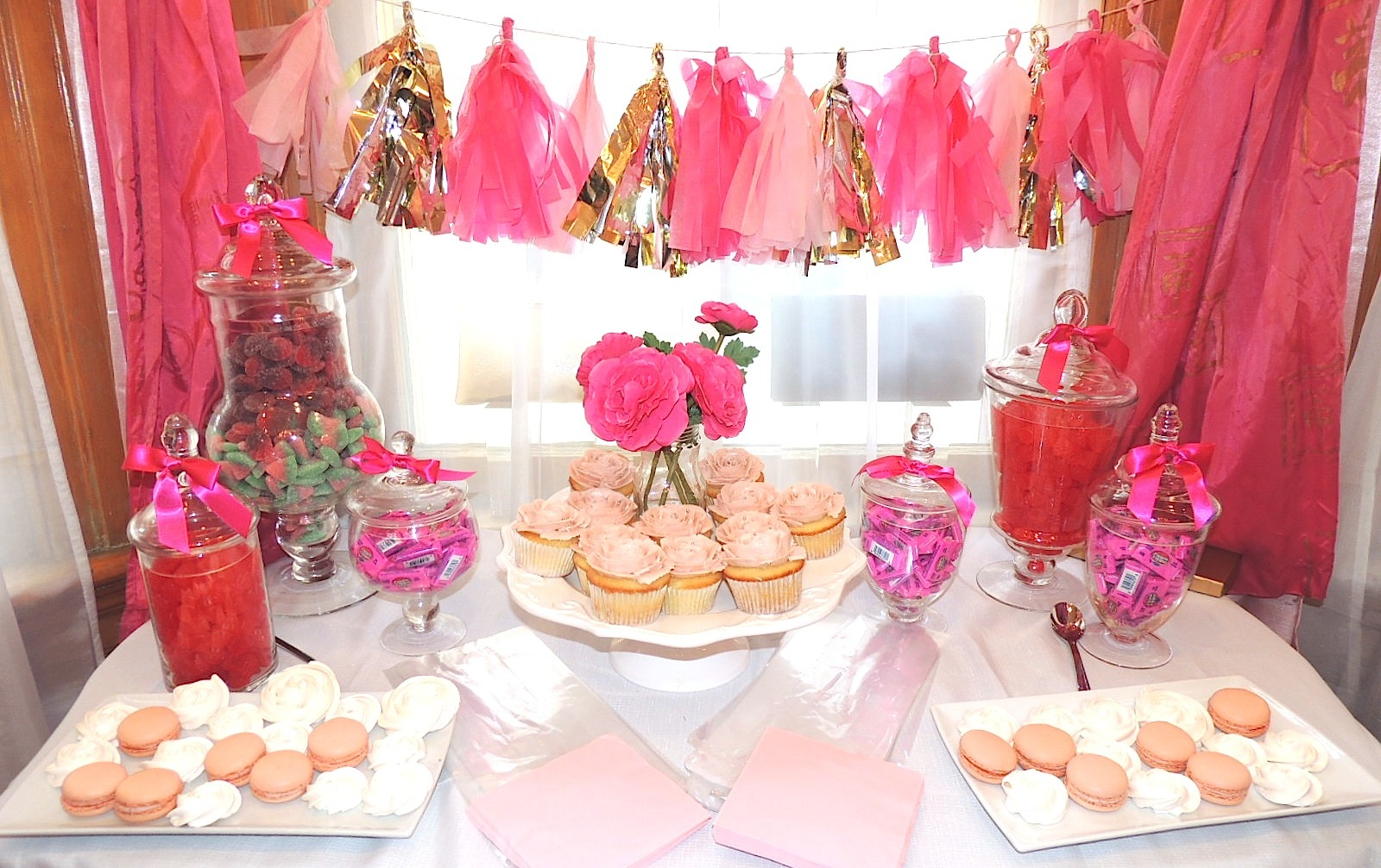 pretty-in-pink-candy-bar-21