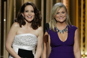 showbiz-the-golden-globes-20145-amy-poehler-tina-fey-01