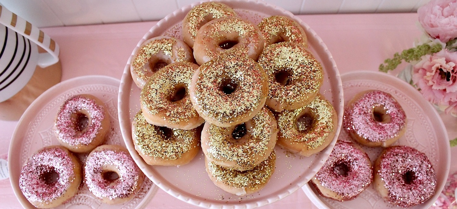 pink-the-town-doughnut-party-51