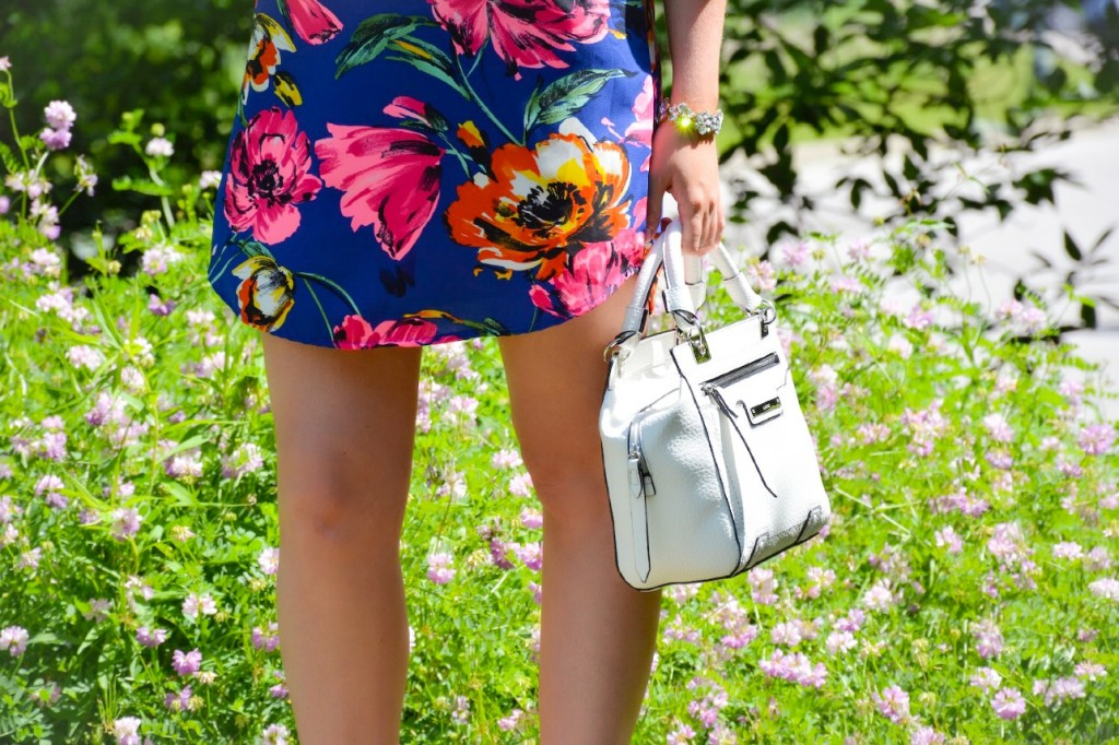 canadian fashion blogger pink the town