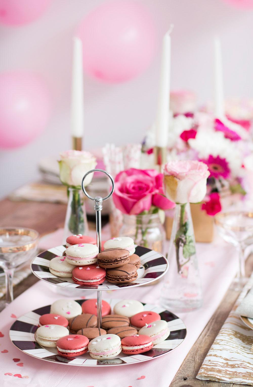 pink valentine's day decor 3