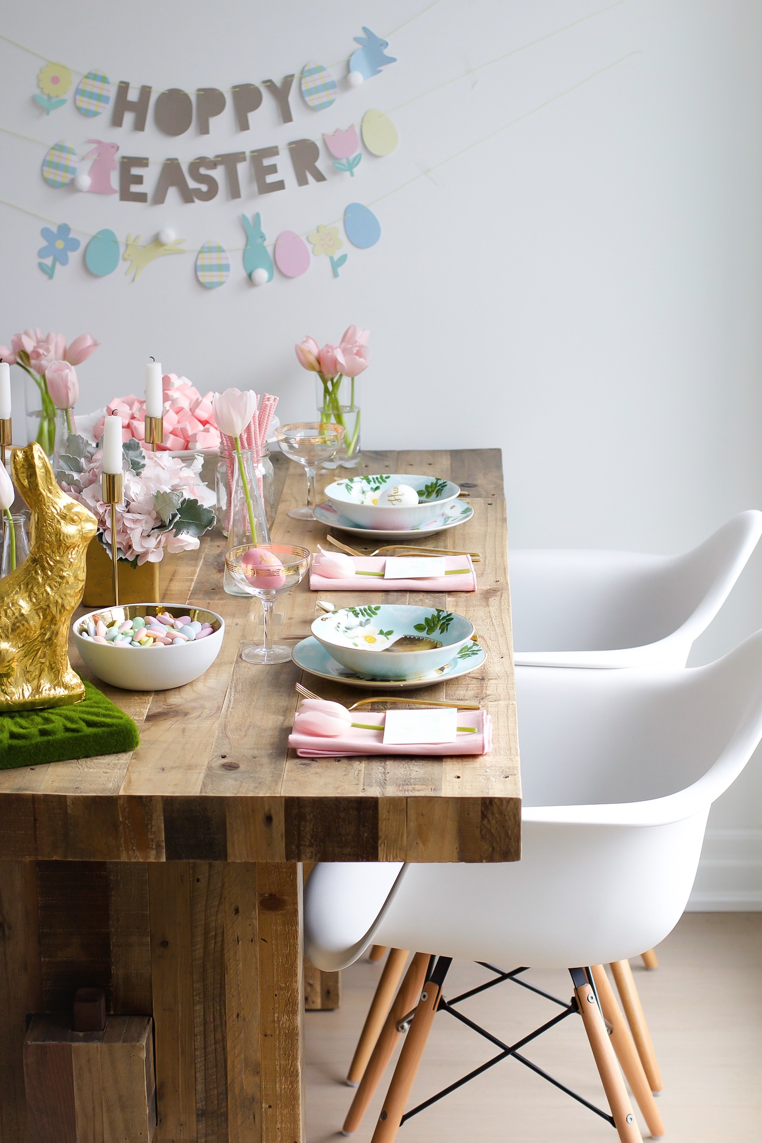 easter table setting pink the town 10