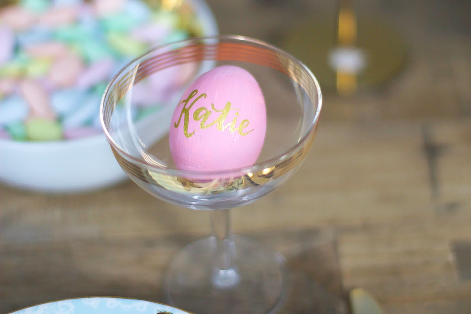 easter table setting pink the town 15