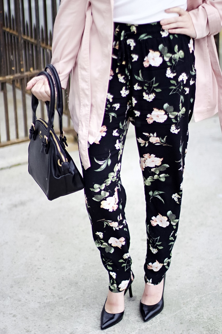 le chateau pink the town 31 floral pants
