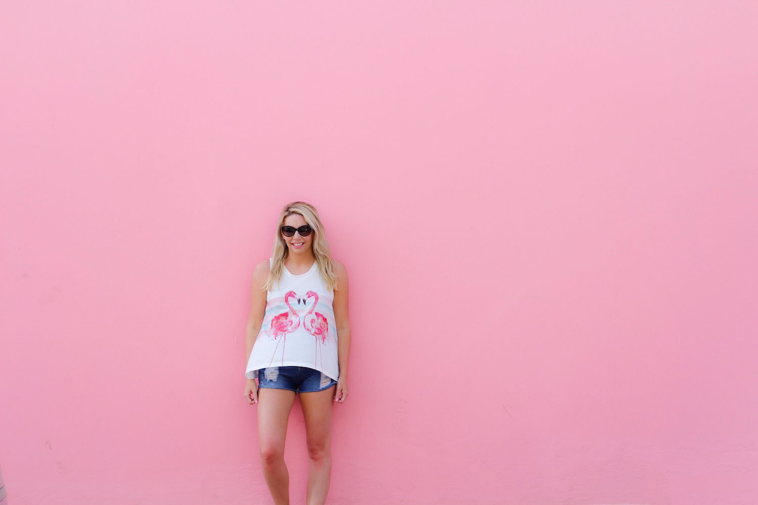 pink-the-town-aruba-pink-wall-pink-mall-22