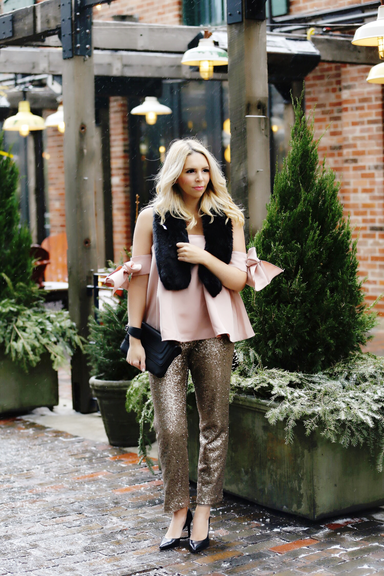 pink-the-town-amanda-losier-holiday-fashion-sequin-pants-14