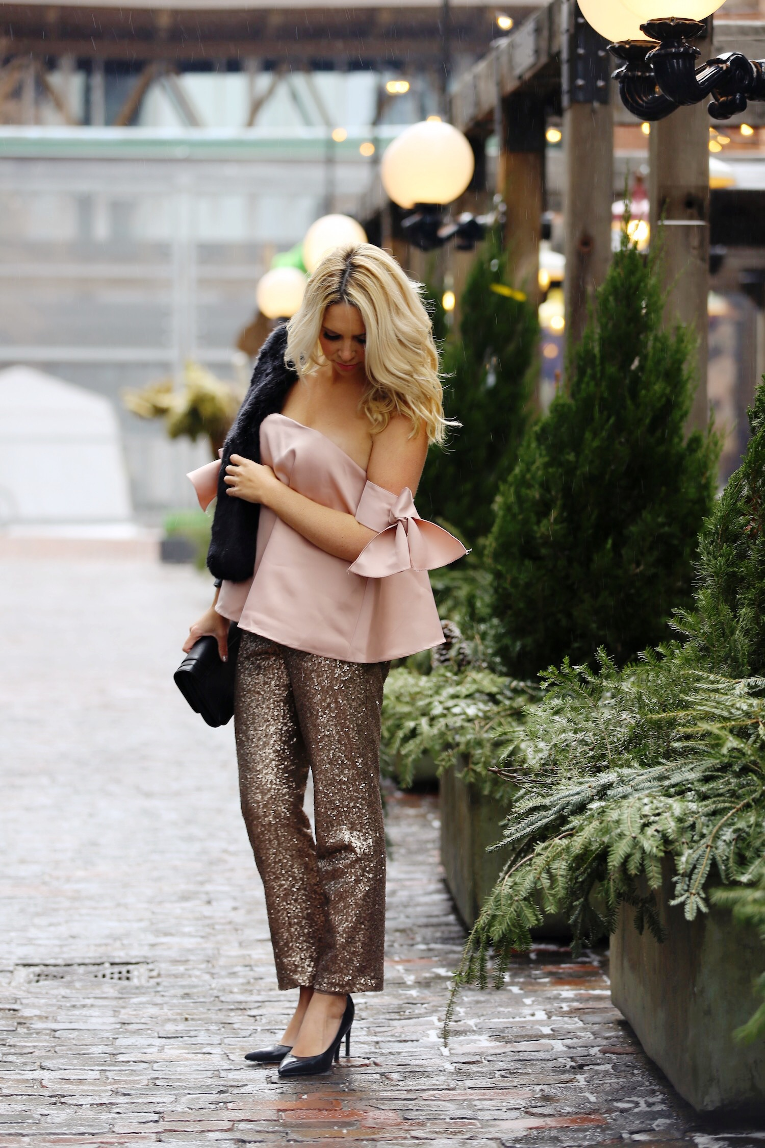 pink-the-town-amanda-losier-holiday-fashion-sequin-pants-3