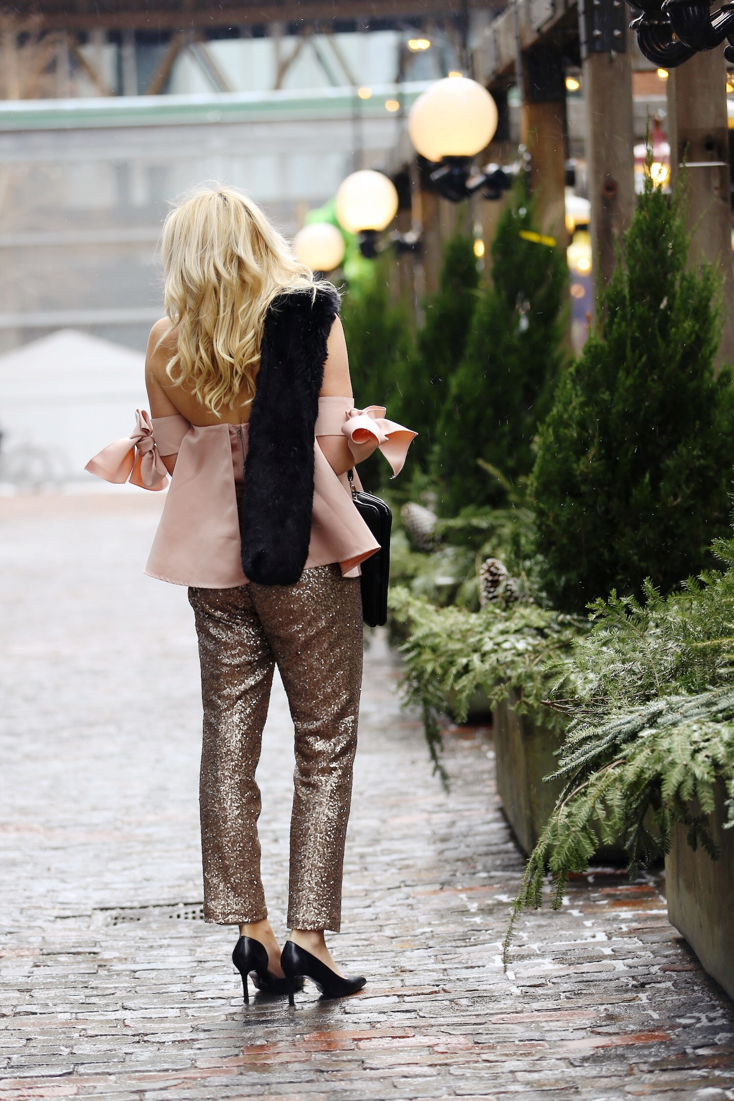 pink-the-town-amanda-losier-holiday-fashion-sequin-pants-4